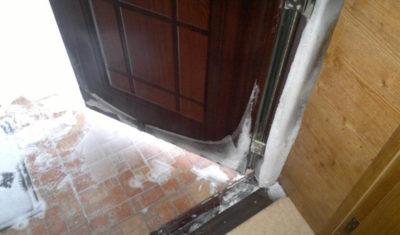 Как утеплить тамбур в частном доме?