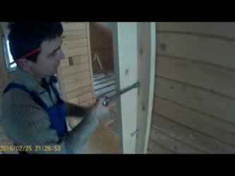 Как выпрямить стену из бруса?