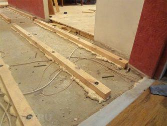 Что подложить под лаги на бетонный пол?