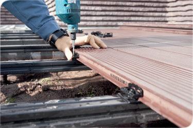 Крепление террасной доски к металлическим лагам